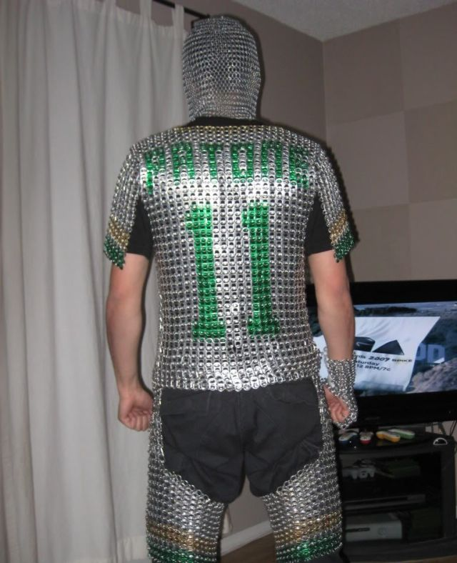 A Chain Mail Made of… (5 pics)