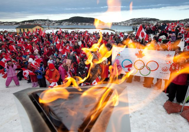 Journey of Olympic Flame (33 pics)