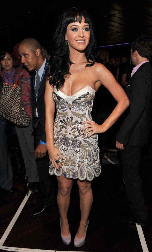 Katy Perry Is Always Amusing (12 pics)