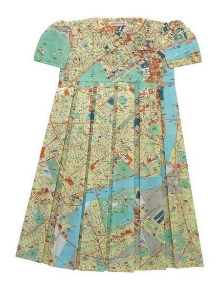 "Funny ""Geographic"" Dresses (7 pics)"