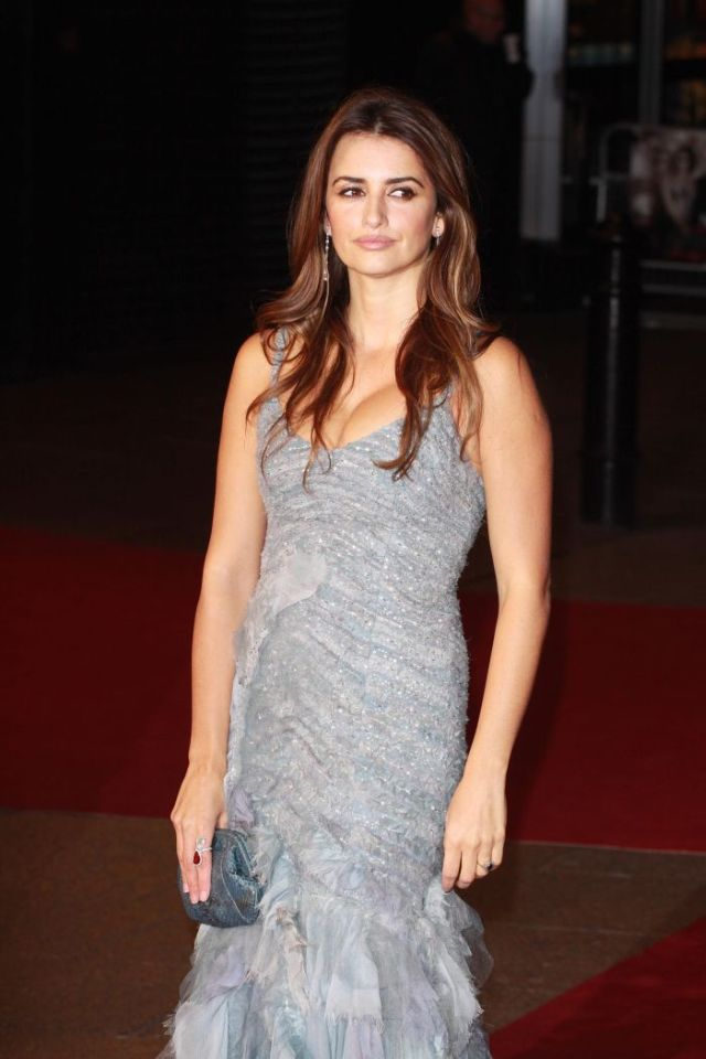 Sexy and Beautiful Penelope Cruz (9 pics)