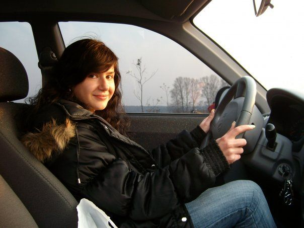 Russian Girls Behind the Wheel (53 pics)