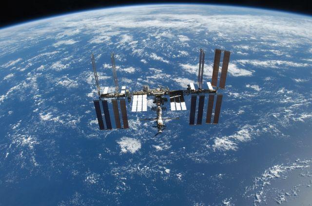 Launch of Space Shuttle Atlantis (17 pics)