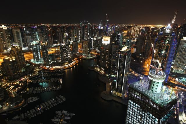 Dubai Plunged into a Debt (25 pics)