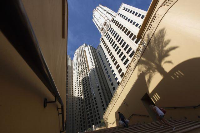 Dubai Plunged into a Debt (25 pics)