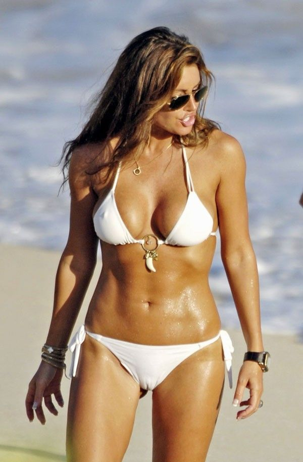 Rachel Uchitel, Alleged Mistress of Tiger Woods (7 pics)