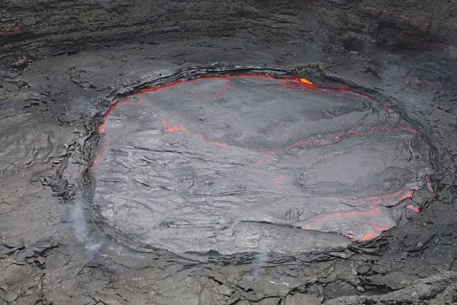 The Lava Lake of Erta Ale Volcano in Ethiopia (28 pics)