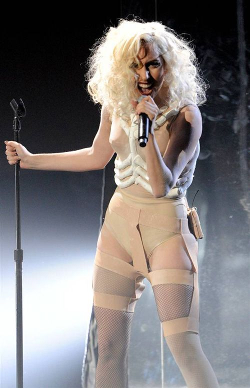 Lady Gaga Is So Different Every Time. Sexy or Crazy? (22 pics)