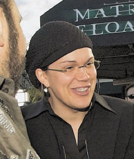 Who is This Woman and What Does She Have To Do with the Matrix? (12 pics)