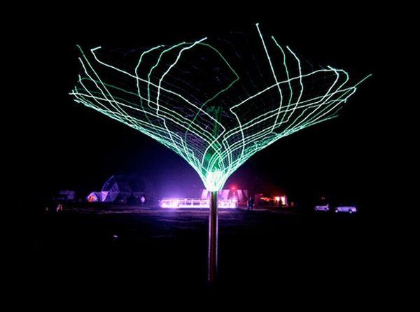 Spectacular Solar Trees (8 pics)