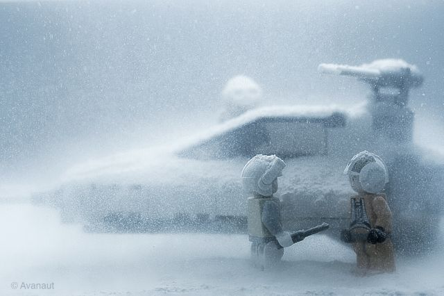 Star Wars Characters on Hoth (10 pics)
