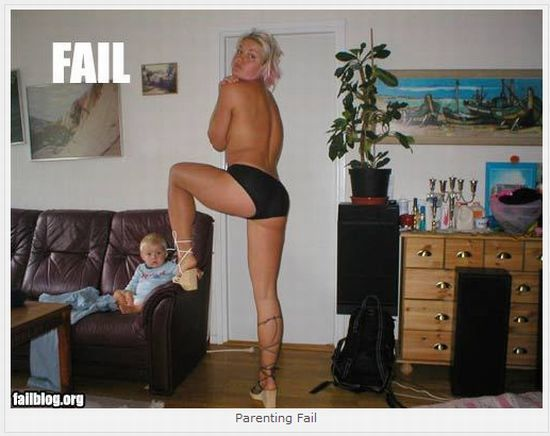 16 Best Fails of This Decade (16 pics)