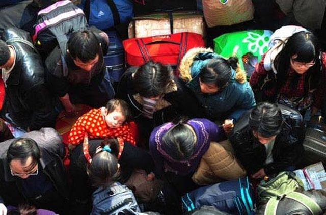 Why It's Better Not to Celebrate the New Year in China (22 pics)