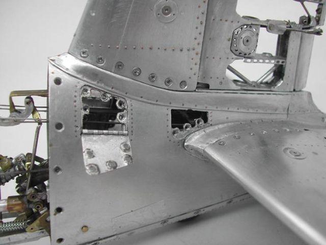 Stunning Exact Replica of America's Primary Fighter plane (39 pics + text)