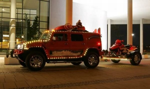 Bad Ass HUMMER of Santa Claus (10 pics)