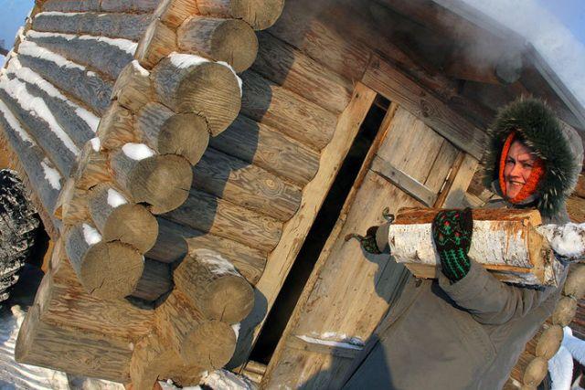 Russian Mobile Sauna (6 pics)