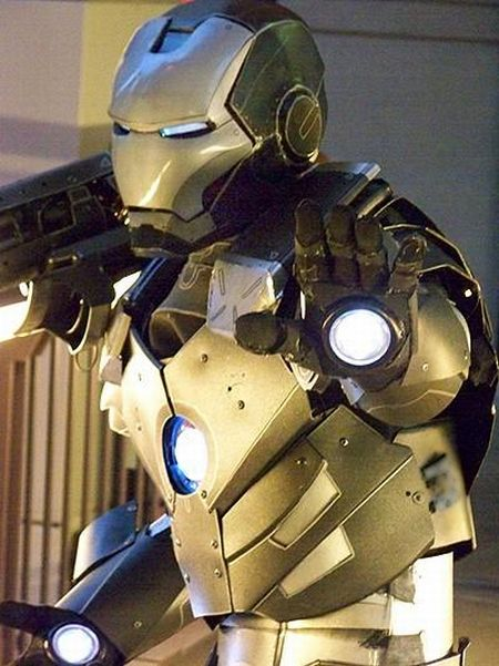 Cool Hand-Made War Machine Cosplay (35 pics)
