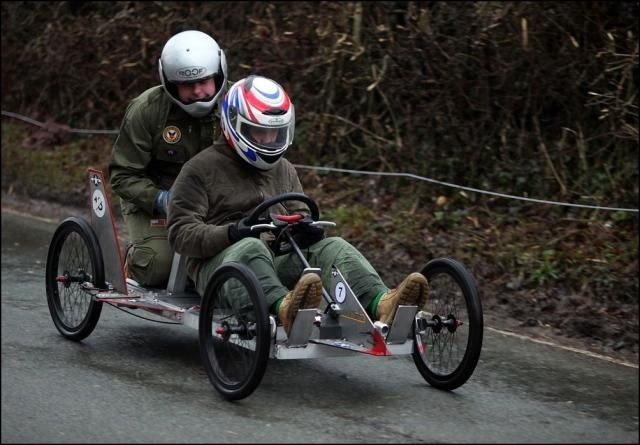 Funny Race in Staffordshire Village (15 pics)