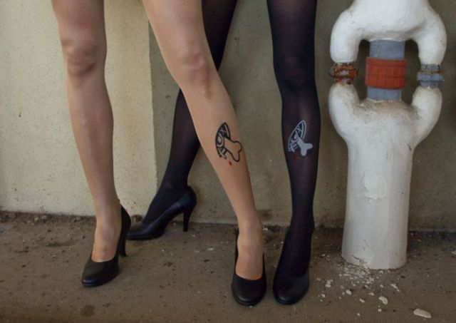 Unusual Tights (17 pics)