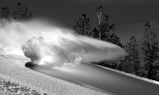 Amazing Snowboarding Photos (10 pics)