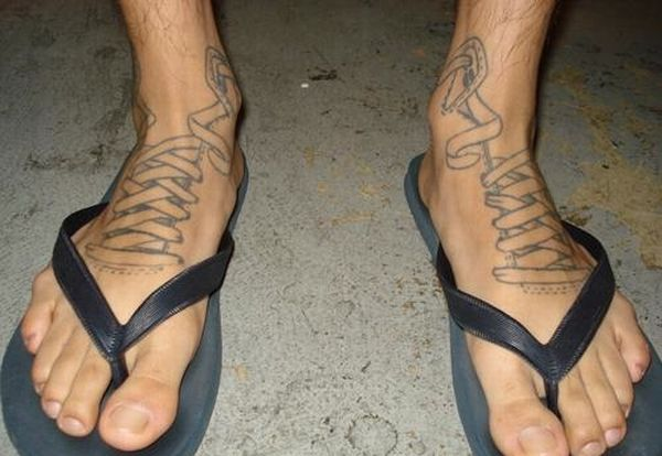 20 Weird Tattoos (39 pics)