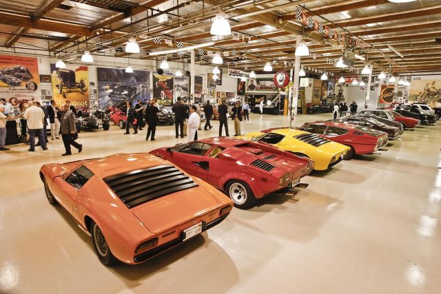 Jay Leno's Garage (64 pics)