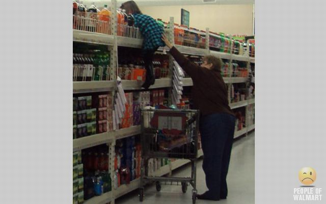 More Walmart People (117 pics)