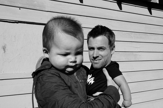 Who is Cuter - a Man or a Baby? (47 pics)