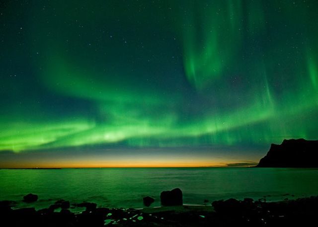 Magical Pictures of Aurora Borealis (17 pics)