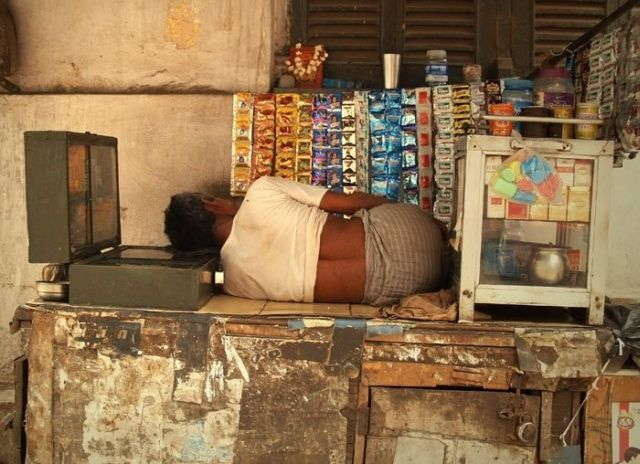 A Normal Work Day In India (10 pics)
