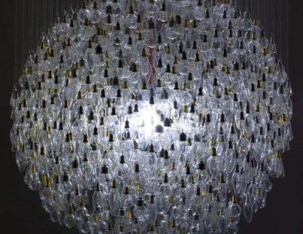 Great Light Bulb Chandelier (7 pics)