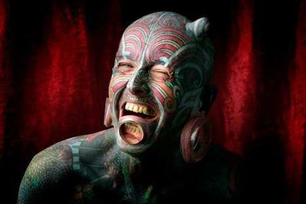 The craziest of WTF Body Modifications (24 pics)