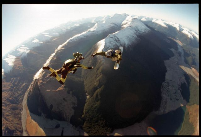 Breathtaking Freefalls (38 pics + 1 video)