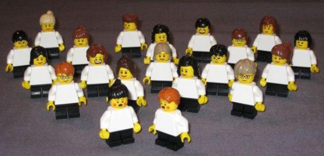 Lego Landing (19 pics)