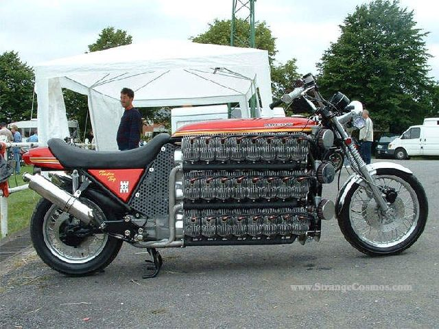 Motorcycle Madness (26 pics)