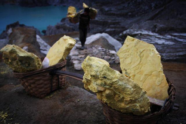Back To The Salt Mines (29 pics)
