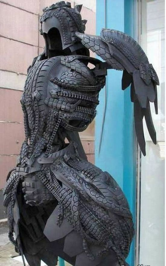Sculptures Made Out of Used Tyres (14 pics)