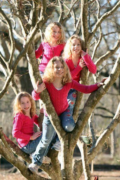 A Happy Family (66 pics + 2 videos)