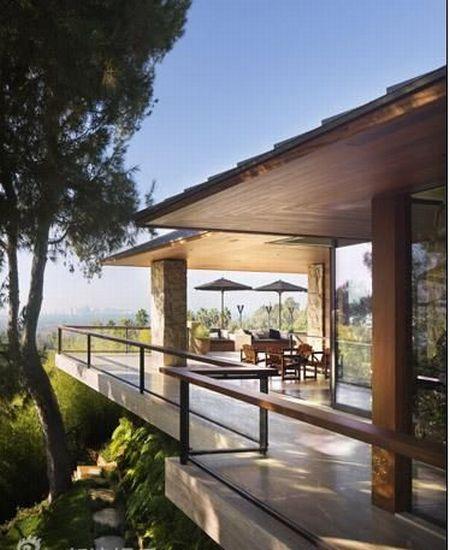 New Home of Jennifer Aniston (9 pics)