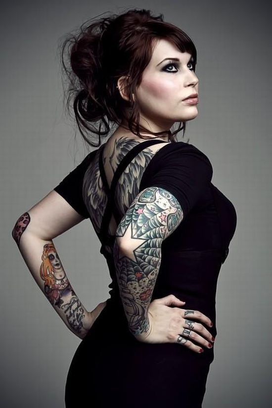 Compilation of Girls with Tattoos. Part 2 (33 pics)