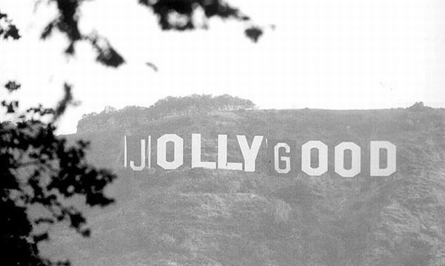 When Pranksters Had Fun with the Famous Hollywood Sign! (8 pics)
