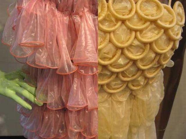 All Dressed Up in Condoms (6 pics)
