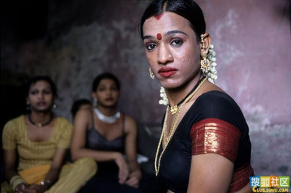 Indian Eunuchs (13 pics)