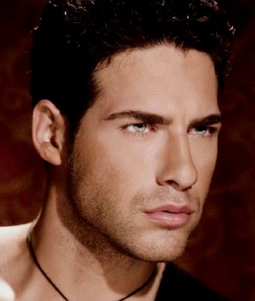 The Top 100 Most Beautiful Men (100 pics)