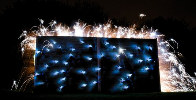 Another Batch of Photos with Light Graffiti (17 pics)