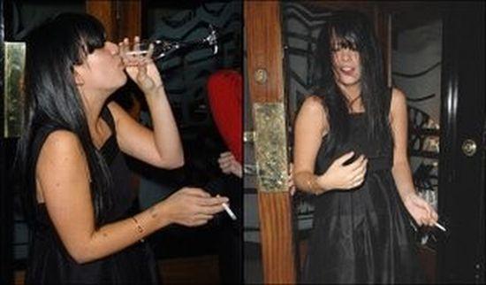 Lily Allen Likes Booze a Lot (20 pics)