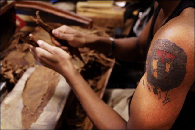 Manufacture of Cuban Cohiba Cigars (18 pics)