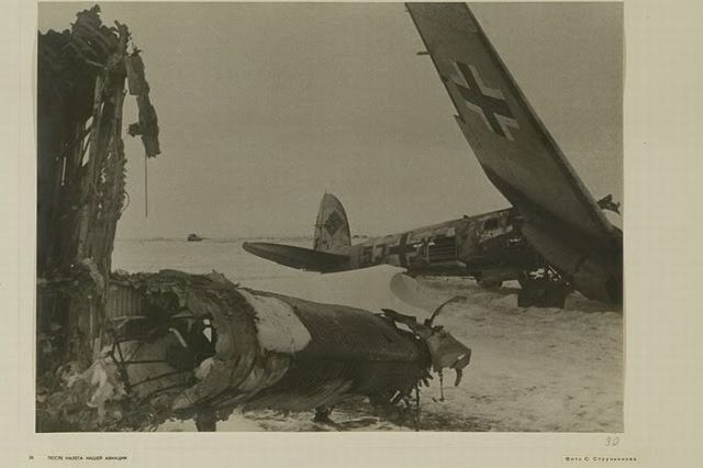 The Wreckage of War (45 pics)