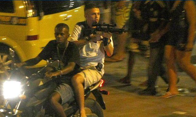 The Reality of 2016 Olympic City Rio de Janeiro (12 pics + 1 video)