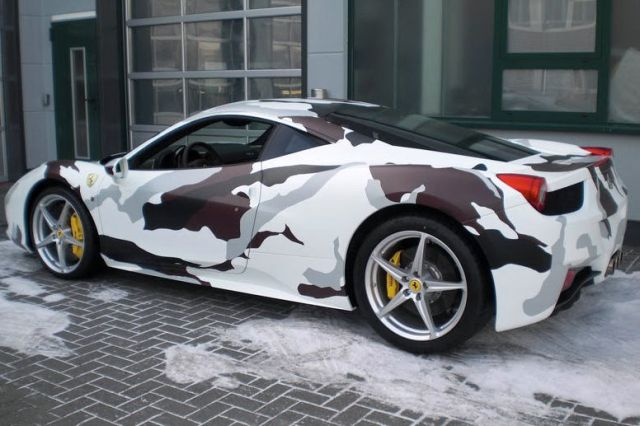 Unusual Ferrari Painting (9 pics + 1 gif)
